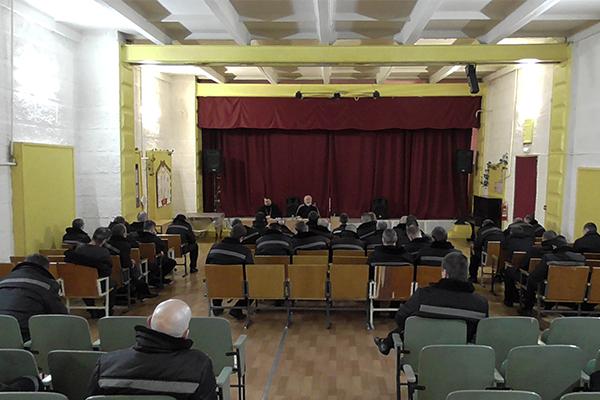 В исправительной колонии №6 прошла встреча с преподавателем Тульской духовной семинарии профессором, магистром Богословия Олегом Сениным